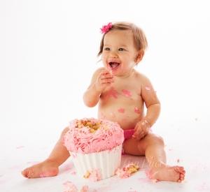 Cake_smash_1_yr_old_girl_Woodbridge-1.jpg